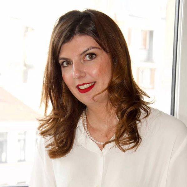 photo au cabinet, Hélène Pontière Avocat